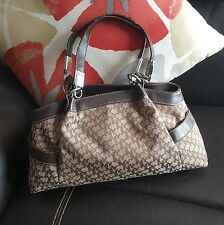New York and Company Women's Purse Hand bag Tote snap brown Medium FWUW