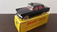 DINKY TOYS Made in France 546  OPEL Rekord taxi