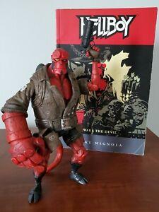 Mezco Toyz Hellboy Comic Book Series 2 Action Figure Rocket with comic.