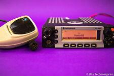 Motorola XTL5000 700/800Mhz M20URS9PW1AN w/ Silver O5 & Mic