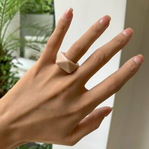 Fashion Colourful Transparent Resin Acrylic Rings Geometric Round Rings Women