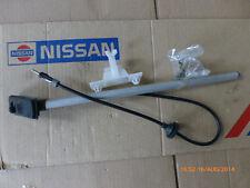 Original  Nissan Pickup D21 Antenne B8205-22G01 28206-01G10 28206-56G00