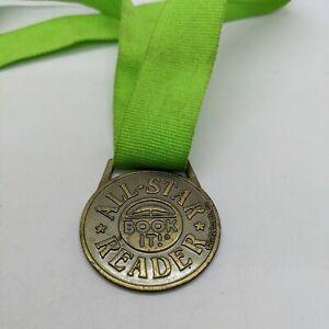 1995 Pizza Hut Book It All Star Reader Medal Award Medallion