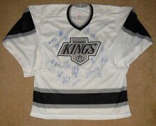 2014 LOS ANGELES KINGS STANLEY CUP TEAM SIGNED JERSEY (W/ PROOF!)