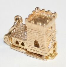 Beautiful Detailed 9ct Gold Opening Church Charm Bride & Groom