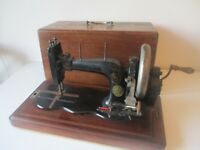 Antique 1889 Model B High Arm Pfaff sewing machine Serial.no.103372