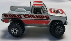 Vintage Road Champs White GMC 4X4 High Roller Blue Pickup RC Diecast Toy Truck