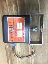 Hoke 0112L2P 115VAC 1.4 Amps Electro Mechanical Valve Actuator