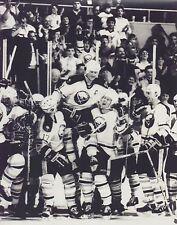 GILBERT PERREAULT 8X10 PHOTO HOCKEY BUFFALO SABRES NHL CELEBRATION