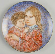 """Hibel Mother's Day Plate for 1985 """"Erica and Jamie""""*Beautiful*"""