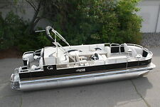 New 24  fish and fun Grand Island pontoon boat and trailer