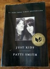 ●PATTI SMITH●JUST KIDS●PAPERBACK BOOK●c2010●FIRST PAPERBACK EDITION●VERY NICE●