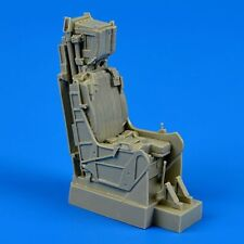 Quickboost 1/32 Vought a-7e CORSAIR II-Late Ejection Seat with safety belts #