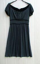 très belle robe légère grise et noir ETAM taille 40