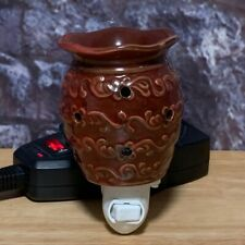 Retired Scentsy Roma Red Round Ceramic Wall Plug In Wax Warmer