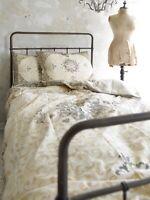 Nostalgische Bettwäsche inkl Kissen Bettbezug Dusty Flower Jeanne d´Arc living