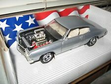 1 18 ERTL BLOWN ENGINE 1970 CHEVELLE SS454 SILVER W/BEIGE INTERIOR BLACK HOOD