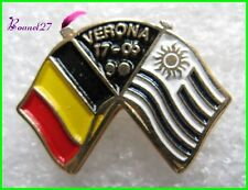 Pin's Drapeau Belgique et Uruguay VERONA 17.06.1990    #1031