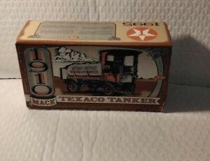 The ERTL Co. 1910 Mack Texaco Tanker Locking Coin Bank With Key Die-cast Metal