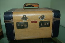 Vintage 1940's Lady Gale luggage train case