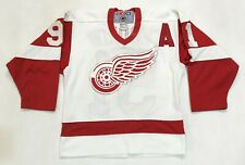 Vintage CCM NHL Detroit Red Wings FEDOROV #91 Hockey Jersey Boys S/M Canada