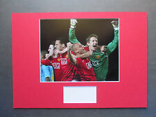 MANCHESTER UNITED LEGEND EDWIN VAN DER SAR SIGNED A3 MOUNTED PHOTO DISPLAY - COA