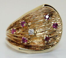 Beautiful Ornate 14K Gold Heavy 1/6 TCW Diamond & Ruby Cocktail Ring