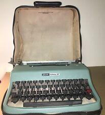Vintage  OLIVETTI LETTERA 32 TYPEWRITER Aqua Blue Teal W/Case Made in Spain