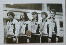 PHOTO JEUX OLYMPIQUES MOSCOU 1980  PODIUM EQUIPE FLEURET FEMME FRANCE