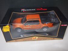 Maisto Premiere Edition 2000 Ford Explorer Sport Trac Orange 1:18 Scale Diecast