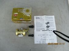 Team Daiwa Luna 300 Baitcasting Reel RH Retrieve Original Box and Paperwork