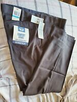 Dockers Men's Comfort Khaki Stretch Relaxed-fit Flat-Front Pant Black Size36WX30