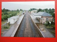 PHOTO  MORETON IN THE MARSH RAILWAY STATION 1992  VIEW ALONG THE TRACKS