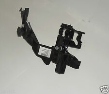 NEW GENUINE AUDI A4 S4 RS4 NEAR SIDE HEADLAMP LOWER SUPPORT BRACKET 8K0805607B