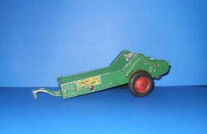 Vintage 1950's SLIK Oliver Spreader - 1/16 Scale - Gear Drive Version !