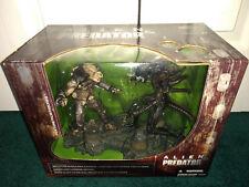 Alien Vs. Predator AVP 2-Pack Mcfarlane 2002 MISP! Eggs Removeable Face-Huggers!