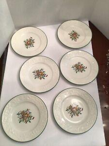 """Set of Six Mikasa """"Holiday Season"""" Christmas Plates DB901"""