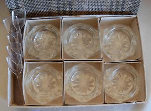 VINTAGE SET OF 6 GLASS OPEN SALT CELLARS - CZECHOSLOVAKIA- PLUS 5 PLASTIC SPOONS