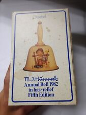 1982 M.J.Hummel Annual Bell 1982 In Bas-Relief Fifth Edition Goebel