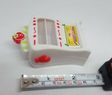 """Strawberry Shortcake Berry Cafe oven by Hasbro 2008 replacement toy figurine 3"""""""