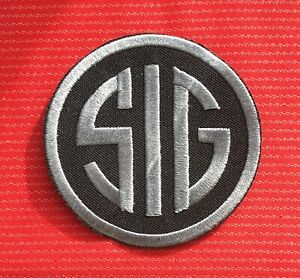 SIG SAUER GUN GLOCK SAFE ACTION PISTOLS MILITARY FIREARMS IRON SEW ON PATCH