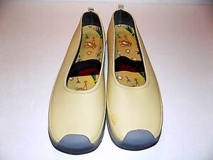 Women's Midwest Garden Clogs Taupe Mary Janes US SIze 8