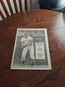 JUNE 7,1969-THE SPORTING NEWS-DON KESSINGER OF THE CHICAGO CUBS(MINT)