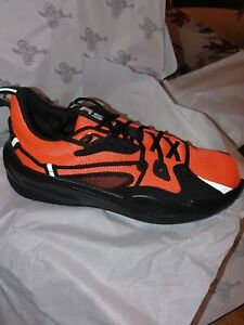 Puma Men's RS-Dreamer  Shoes.   New in box.   Red and black ..model..19399016