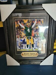 """BRETT FAVRE 200th consecutive starts plaque 14""""x17"""" matted framed NEW Packers"""