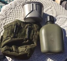 US ARMY ISSUE 1992 SONETRONICS Green Hard Plastic Canteen Water Case With Clip