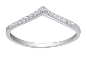 Simulated Dimaond Chevron Thumb V Shape Ring in Sterling Silver