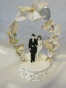 "Vintage Wedding Cake Topper Ivory Plastic w Bride & Groom 1950's 9 ½"" Tall"