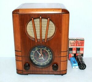"Rare ARVIN ""RHYTHM BABY"" RADIO, Gorgeous Wood Tombstone Case, Works, Extra Tubes"