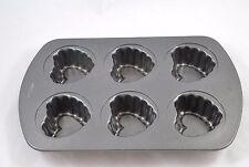 Wilton Decorative Heart Muffin Cupcake Pan makes 6 small, non-stick